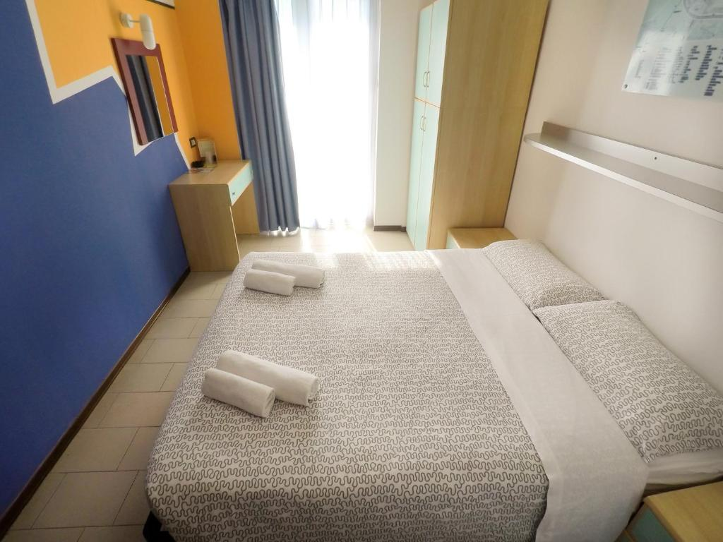 camera matrimoniale hotel Elba Rimini